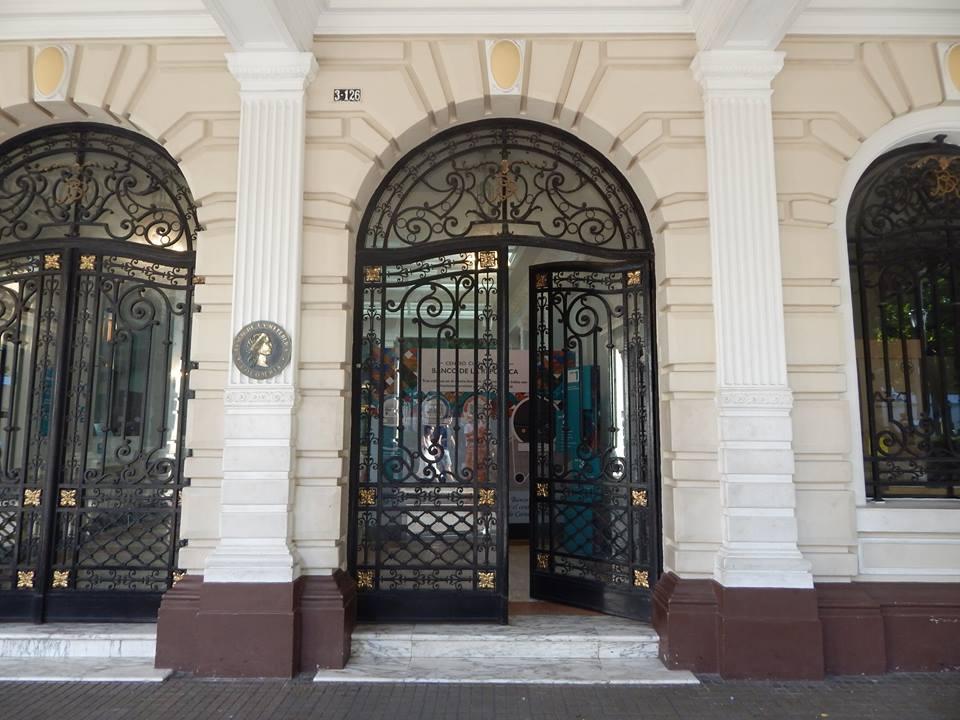 Biblioteca Bartolomé Calvo Banco de la Repúlbica Cartagena 1