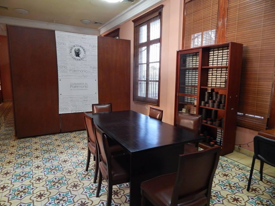 Biblioteca Bartolomé Calvo Banco de la Repúlbica Cartagena 3