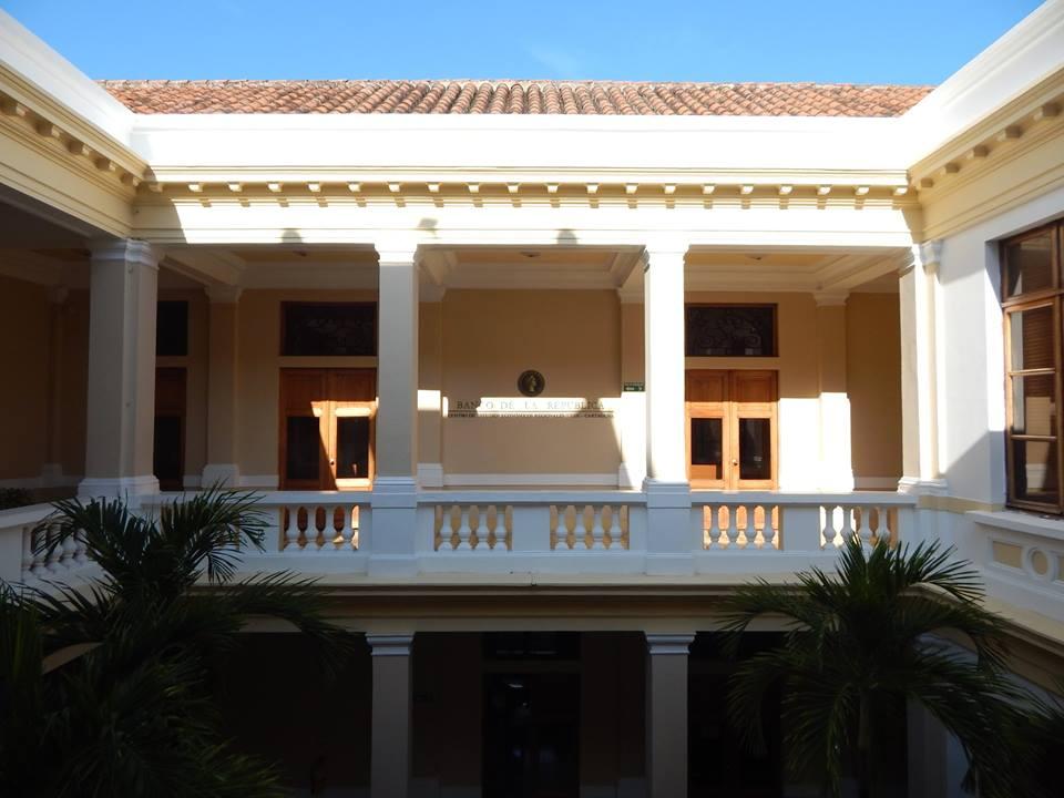 Biblioteca Bartolomé Calvo Banco de la Repúlbica Cartagena 5