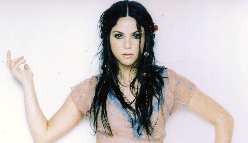 Shakira Pelo negro